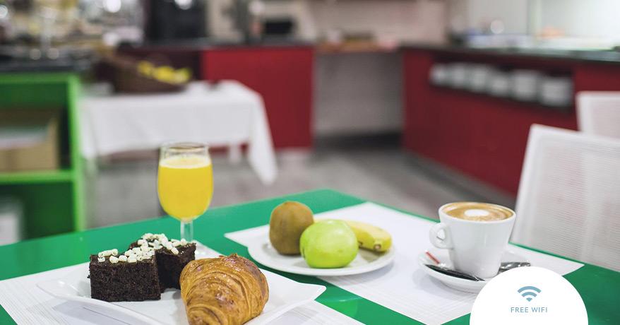 EN-Sweet-Hotel-Renasa-Buffet-1