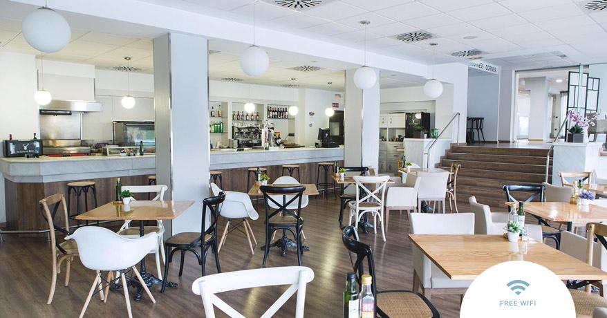 EN-Sweet-Hotel-Renasa-Cafeteria-1